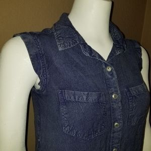Tramp soft sleevless distressed jean top size M